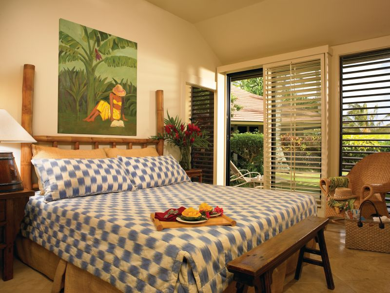 OUTKiahuna_Bedroom1