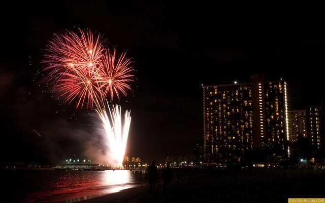 Free Waikiki Fireworks Show Every Friday Night Go Visit Hawaii