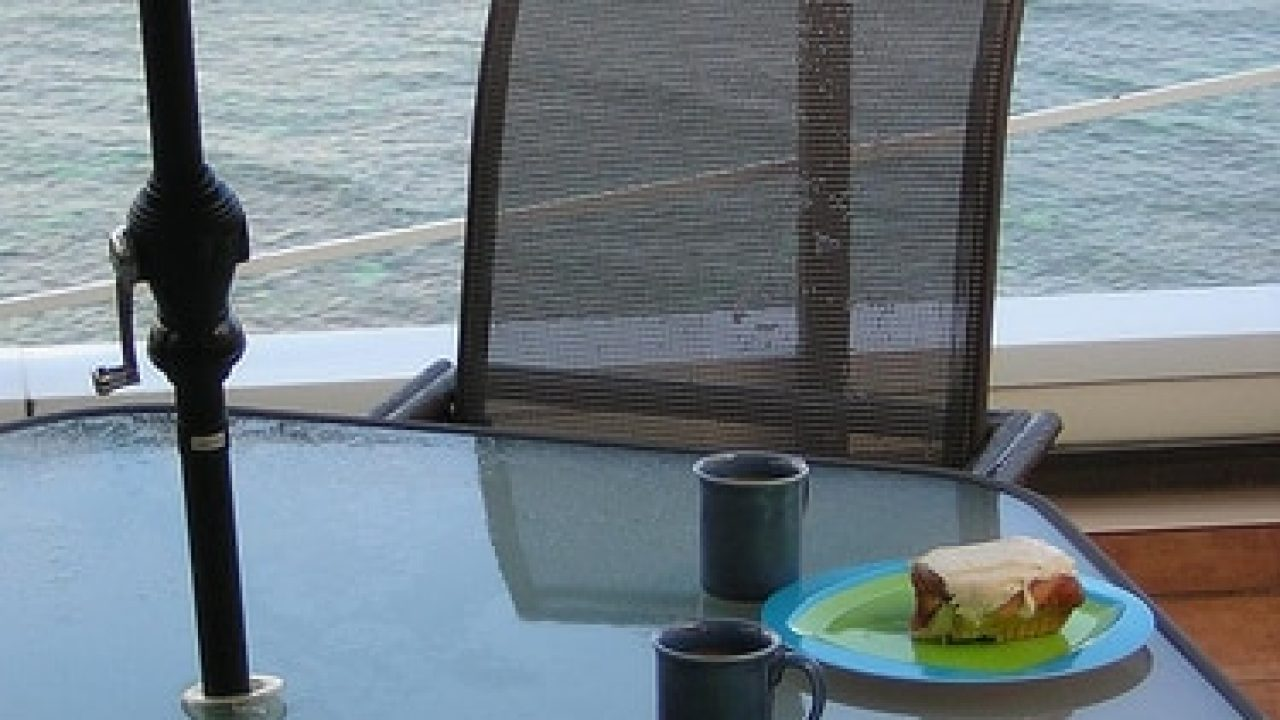 Saving Money on Hawaii Vacation Dining & Meals - Go Visit Hawaii