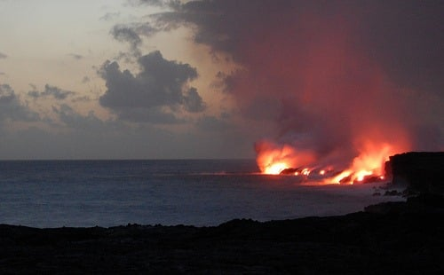 lava-flowing-into-the-ocean_thumb.jpg
