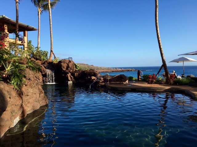 Four Seasons Resort Lanai's ocean view adults-only pool and hot tub